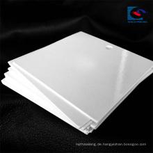 Qualitäts-kundenspezifischer Entwurf Reycled weißer Pappenkleider-Papier-Bedeutungs-Umbau mit Logo