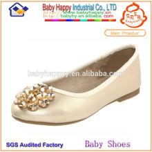 Design de nid fabriqué en Chine Excellente qualité de chaussures de confirmation Chaussures