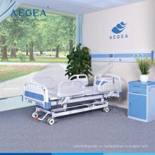 AG-BY104 con sistema de frenado controlado central muebles de sala médica cama de hospital multifunción