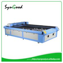 Machine de gravure et de découpe au laser au lit machine à découper au laser cnc