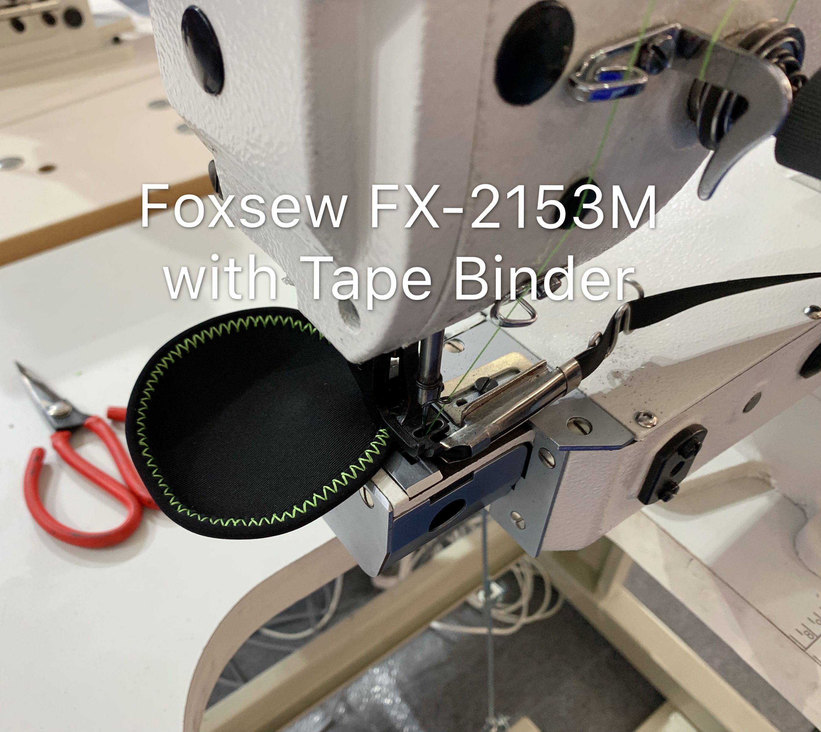 Direct Drive Cylinder Bed Zigzag Sewing Machine for Tape Binding on Sports Shoes Foxsew FX-2153M-01