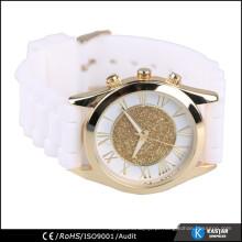 Relógio de quartzo de caixa de liga com faixa de silicone