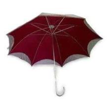 rote Sterne Spitze Regenschirm