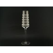 Copa de flautas de champán transparente con grabado