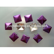 Custom wholesale price different color claw beads