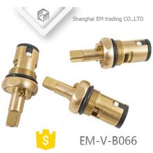 EM-V-B066 acessórios de louças sanitárias latão único buraco torneira cartucho