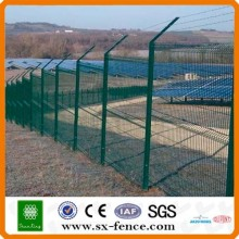 Low Price Galvanized/PVC Coated Barbed Wire (20yearsfactory)