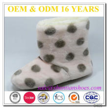Lovely dots design coral fleece kids winter boots with cozy plush lining