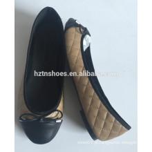 Atacado preço barato ballerina rodada toe flats acolchoado ballet com sapato mulheres arco