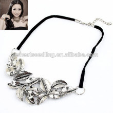 Retro leather rope silver leaf necklace