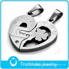 New Couple Heart Jewelry Design Broken Heart Pendant Fourleaf Clover Silver Stainless Steel PendantJewelry Key Accessories