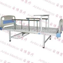 Cama doble ABS médica con rieles laterales y mesa de comedor