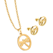 Hermoso collar de encanto personalizado conjunto de joyas Collar de oro y colgante para mujeres