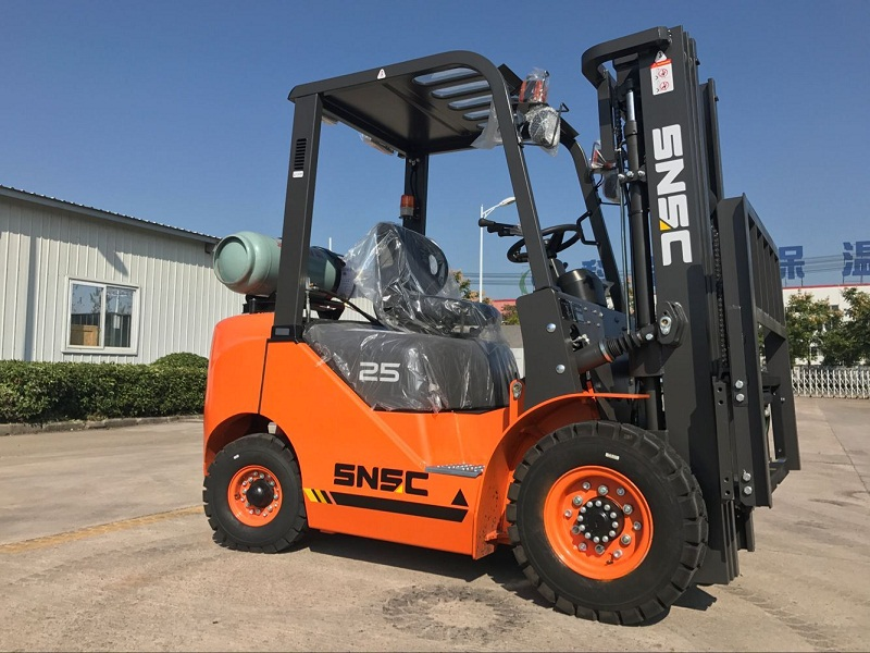 2.5 ton lpg gas forklift to Mexico from sheri (4)