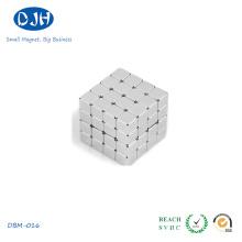 Imanes de bloque de boro de hierro de neodimio con tamaño pequeño y preciso
