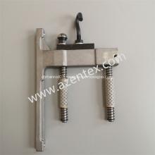 Warp knitting machine guide bar tube bracket hanger