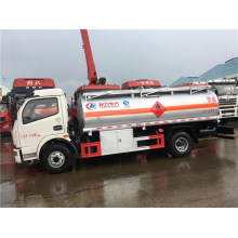 Gross weight 9 cubic Flammable explosive diesel truck