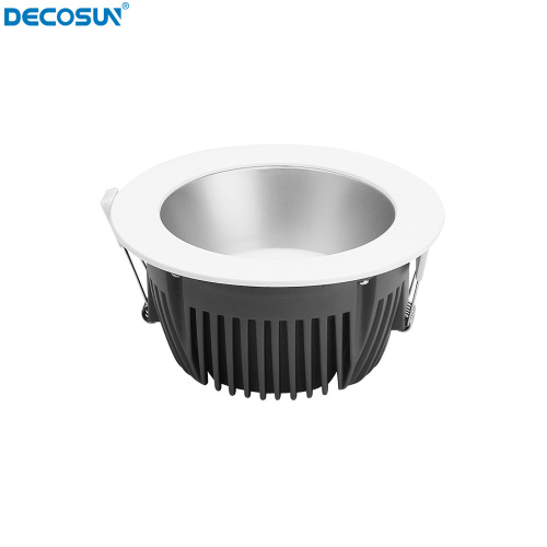 Downlight LED con reflector profundo de 10-40 W