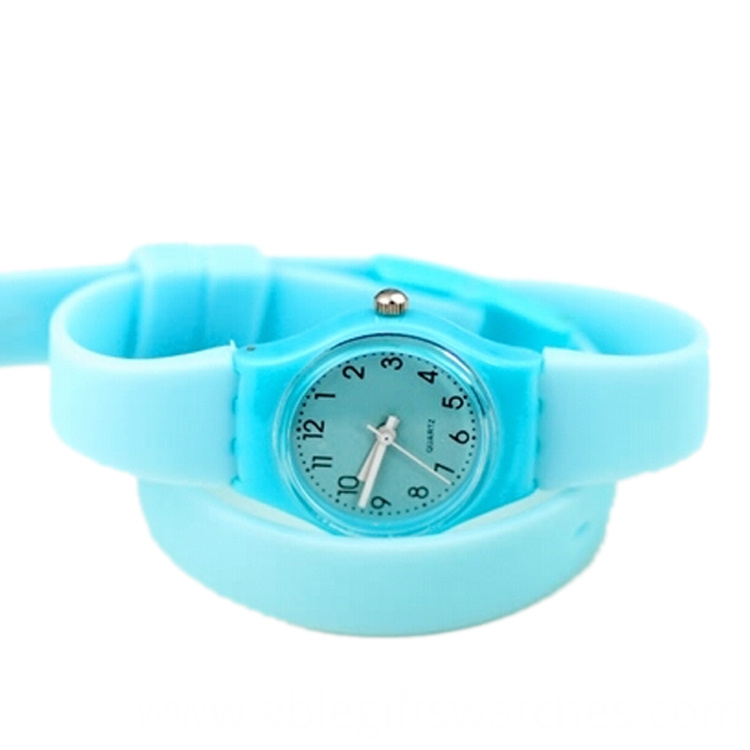 green color watch