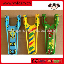 estilingue mini moda de madeira colorida
