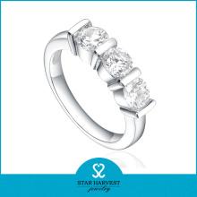 2014 New Elegant Rodium Prong Set 925 Silver Zircon Ring (SH-R0169)