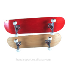 2017 New design high Quality Raw Maple Wood complete skateboards