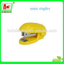 Пластиковый мини-стандартный степлер для школы