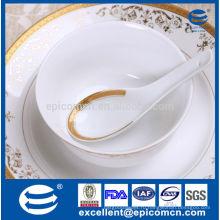 Новый костяной фарфор золотой посуды 5.5 '' маленькая миска с ложкой
