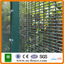 clôture de jardin en métal