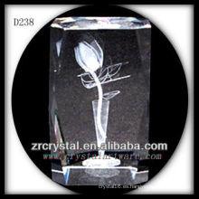 Flor grabada con láser K9 3D dentro del bloque de cristal