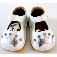 White Toddler Girl Squeaky Shoes avec Sliver Crown & Shining Stones