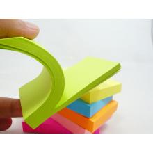 Notes collantes de qualité Notes collantes de l'étudiant Notes collantes de bureau