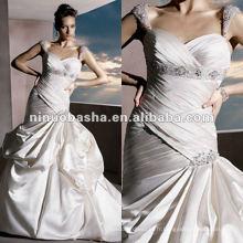 Bretelles en satin sweetheart décolleté perlée manches en mousseline de soie robe de mariée