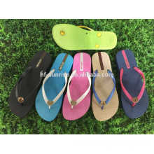 Zapatillas para mujer mujer barata zapatillas de playa desnuda zapatillas de nuevo modelo