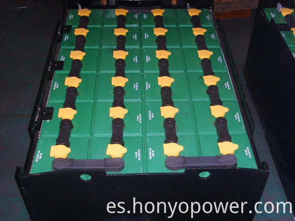 D-450 Traction Batteries Forklift Batteries
