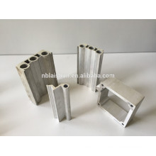 T3-T8 Экструдированные алюминиевые профили Temper и Square Shape