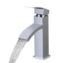 Fabricante de torneiras na China Melhor venda Torneiras para lavatório frio de tampo de mesa de toalete British Faucet Sanitary Ware