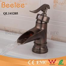 Robinet de cuivre antique Mitigeur de mitigeur de salle de bain en laiton massif poignée unique