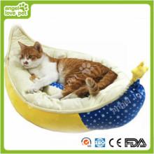 High Quality Crescent Shape Soft Warm Pet Bed (HN-pH578)