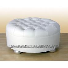 Sofá otomano de asiento redondo de diseño único con botones arriba XY0314