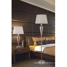 Modern Brass Home Decor Floor Stand Lamp (GF2057-1)