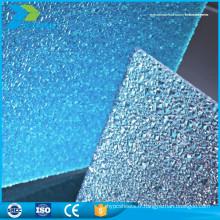 Porcelaine légère en gros en plastique dur double paroi en polycarbonate en relief feuille de toiture