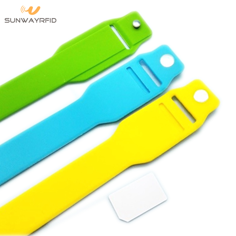 pocket rfid silicone wristband