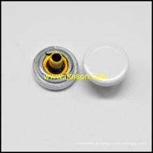 Simples botão liga Snap em uma superfície plana