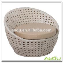 Audu Sofá de sofá de óvalo de forma de ratán blanco