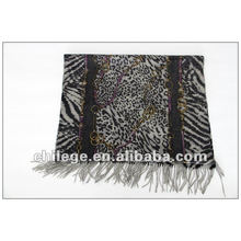 wool weman scarf
