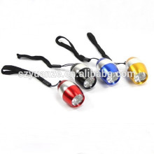 Eeo china alibaba fabricant mini lampe torche plate, mini led keychain de lampe de poche, souvenir led lanternes porte-clés