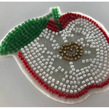 White Feeled Beaded Apple Patch Designs Applique