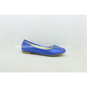 New Europe Popular Flat Comfort Fashion Lady Shoe