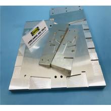 Usinagem CNC de 4 eixos e Usinagem CNC Verical
